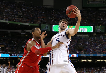 Jeff Withey (right)