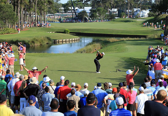PONTE VEDRA BEACH, FL - MAY 11:  Tiger Woods of the USA plays his tee shot at the par 5, 16th hole during the second round of THE PLAYERS Championship held at THE PLAYERS Stadium course at TPC Sawgrass on May 11, 2012 in Ponte Vedra Beach, Florida.  (Phot