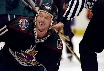 Roenick thought the playoff beard of Dallas Drake left a bit to be desired.