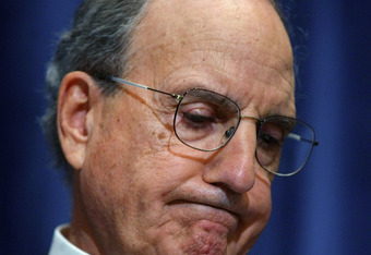 Ex Red Sox Legal Consultant, George Mitchell frowns over his Report