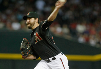 PHOENIX, AZ - MAY 13:  Starting pitcher Joe Saunders #34 of the Arizona Diamondbacks delivers a pitch against the San Francisco Giants during the first inning of a MLB game at Chase Field on May 13, 2012 in Phoenix, Arizona.  (Photo by Ralph Freso/Getty I