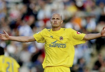 BARCELONA, SPAIN - MARCH 4: Cygan of Villarreal during the match during the La Liga match between Espanyol and Villarreal, on March 4, 2007, played at the Lluis Companys stadium in Barcelona, Spain. (Photo by Bagu Blanco/Getty Images)