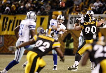 PITTSBURGH - DECEMBER 07:  Tony Romo #9 of the Dallas Cowboys throws a third quarter pass to Terrell Owens #81 while playing the Pittsburgh Steelers on December 7, 2008 at Heinz Field in Pittsburgh, Pennsylvania. Pittsburgh won the game 20-13.  (Photo by