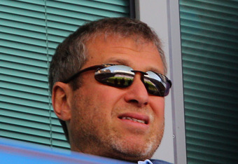 LONDON, ENGLAND - APRIL 09:  Chelsea owner Roman Abramovich looks on prior to the Barclays Premier League match between Chelsea and Wigan Athletic at Stamford Bridge on April 9, 2011 in London, England.  (Photo by Clive Rose/Getty Images)
