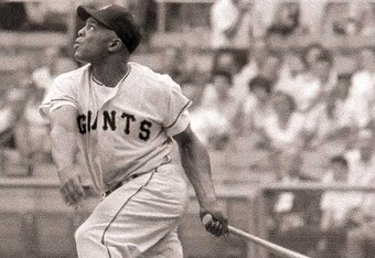 Willie Mays ranks 11th on the all-time hits list with 3,283 (Richard Meek/SI)