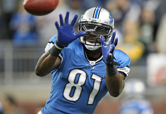 DETROIT, MI - NOVEMBER 24: Calvin Johnson #81 of the Detroit Lions warms up prior to the start of the game against the Green Bay Packers at Ford Field on November 24, 2011 in Detroit, Michigan.  (Photo by Leon Halip/Getty Images)