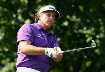 Phil Mickelson withdrew after shooting 79 on Thursday
