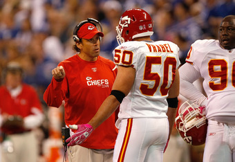 After being coached for years in the NFL, Mike Vrabel has the task of coaching one of the best D-lines in the B1G.