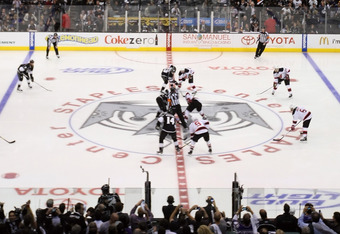 LOS ANGELES, CA - JUNE 06:  The opening face off between the Los Angeles Kings and the New Jersey Devils in Game Four of the 2012 Stanley Cup Final at Staples Center on June 6, 2012 in Los Angeles, California.  (Photo by Christian Petersen/Getty Images)