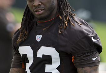 BEREA, OH - MAY 12: Running back Trent Richardson #33 of the Cleveland Browns during the second day of minicamp at Cleveland Browns training facility on May 12, 2012 in Berea, Ohio. (Photo by Jason Miller/Getty Images)