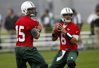 FLORHAM PARK, NJ - MAY 24:  Tim Tebow #15 and Mark Sanchez #6 of the New York Jets work out at an organized team activity at the Atlantic Health Training Center on May 24, 2012 in Florham Park, New Jersey.  (Photo by Jeff Zelevansky/Getty Images)