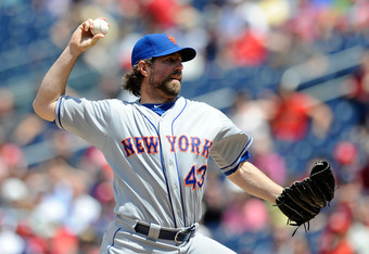 WASHINGTON, DC - JUNE 07:  R.A. Dickey #43 of the New York Mets throws a pitch against the Washington Nationals at Nationals Park on June 7, 2012 in Washington, DC.  (Photo by Patrick McDermott/Getty Images)