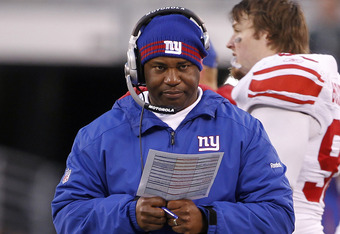 EAST RUTHERFORD, NJ - DECEMBER 24:  Defensive coordinator Perry Fewell of the New York Giants during a game against the New York Jets at MetLife Stadium on December 24, 2011 in East Rutherford. New Jersey. The Giants won 29 - 14. (Photo by Rich Schultz/Ge