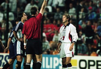 Beckham sees Red at France '98. The scapegoat moment of England's tournament.