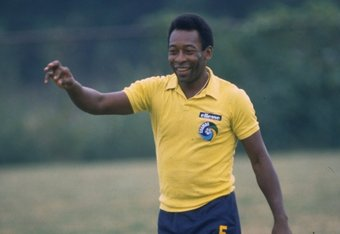 Sep 1980:  Pele of Brazil in action during a training session. \ Mandatory Credit: Allsport UK /Allsport