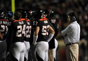 LUBBOCK, TX - NOVEMBER 08:  Head coach Mike Leach of the Texas Tech Red Raiders during play against the Oklahoma State Cowboys at Jones AT&T Stadium on November 8, 2008 in Lubbock, Texas.  (Photo by Ronald Martinez/Getty Images)