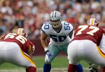 LANDOVER, MD - NOVEMBER 20:  Sean Lee #50 of the Dallas Cowboys lines up against the Washington Redskins offense at FedExField on November 20, 2011 in Landover, Maryland.  (Photo by Rob Carr/Getty Images)