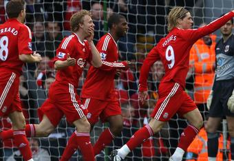 %name Torres ke Chelsea, Carroll ke Anfield