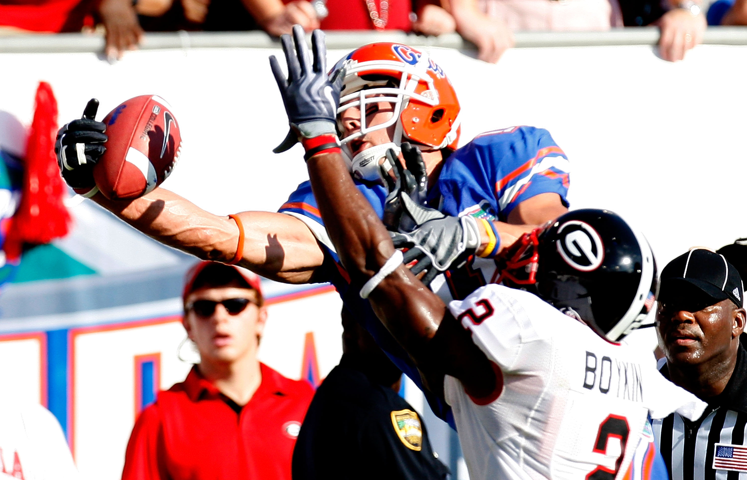 JACKSONVILLE, FL - OCTOBER 31:  Riley Cooper #11 of the Florida Gators pulls in a touchdown reception against Brandon Boykin #2 of the Georgia Bulldogs at Jacksonville Municipal Stadium on October 31, 2009 in Jacksonville, Florida.  (Photo by Kevin C. Cox
