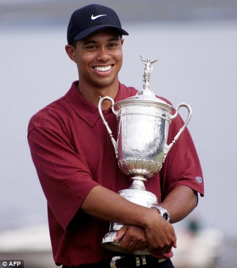 the best 10 shots of tiger woods u0026 39  career