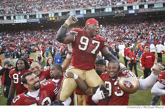 sports shoes 68a9f bfc5a Top 10 Draft Picks of the 49ers In the Last Two Decades ...