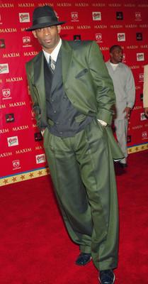 Sanders-ugly-suit-green-1_display_image