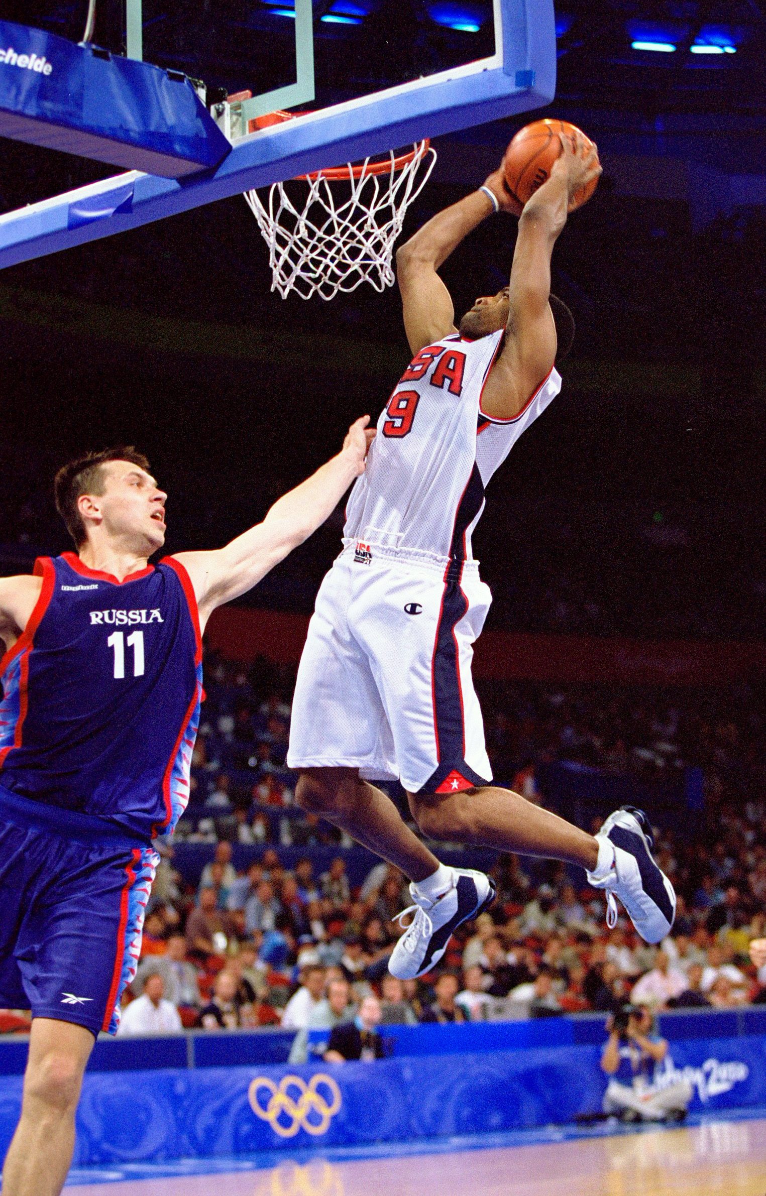 the 20 biggest posterizing dunks of all time bleacher