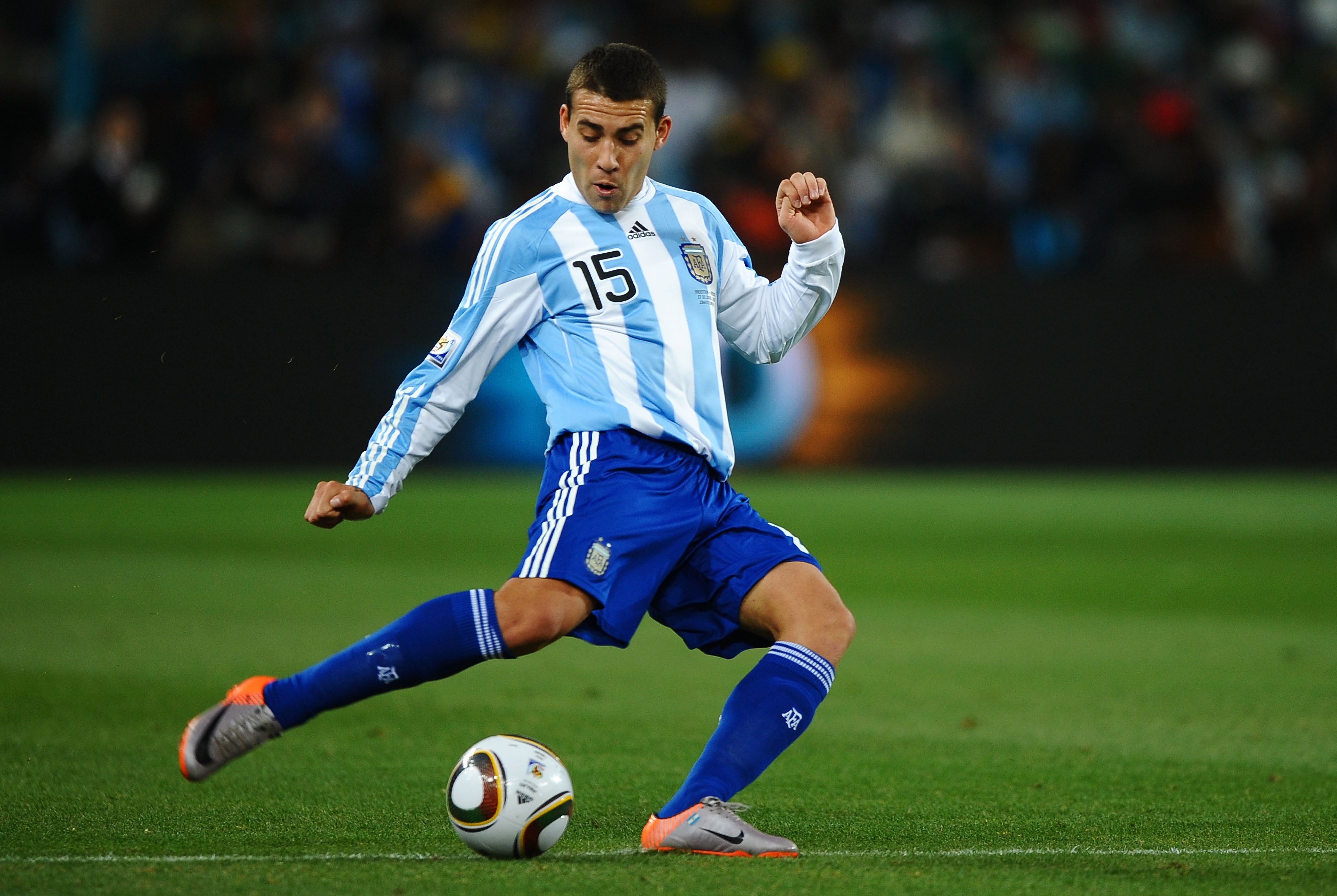 Top 10 South American-Based Players Likely To Jump to Europe