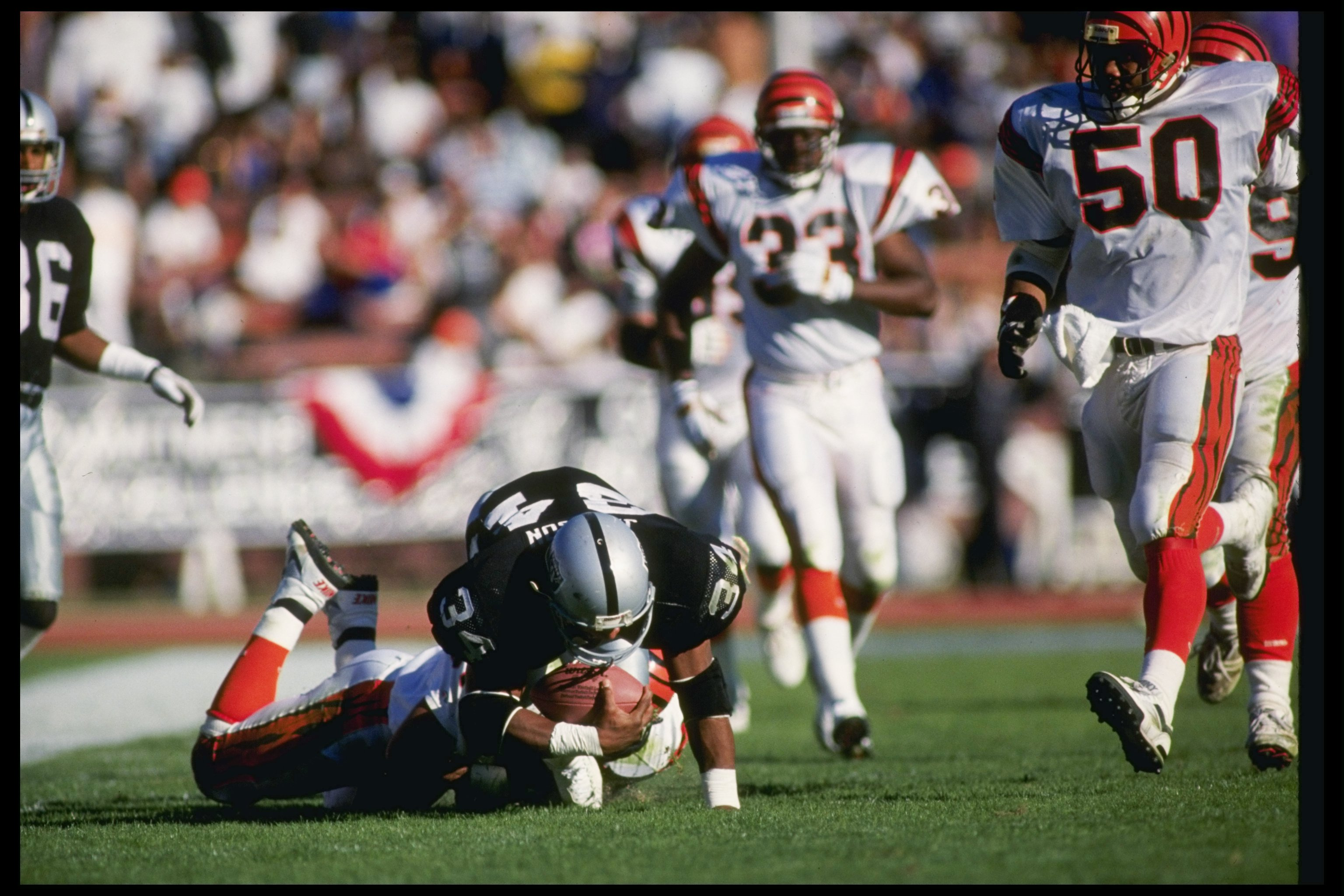 Raiders Bo Jackson One Of The Nfl S Most Explosive And