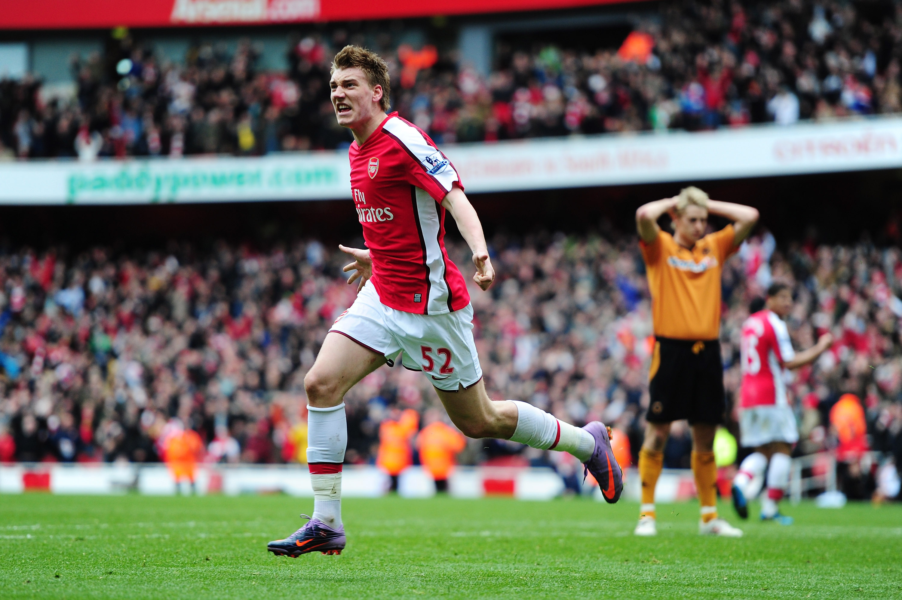 LONDON, ENGLAND - APRIL 03:  Nicklas Bendtner of Arsenal celebrates scoring a late winner during the Barclays Premier League match between Arsenal and Wolverhampton Wanderers at the Emirates Stadium on April 3, 2010 in London, England.  (Photo by Mike Hew