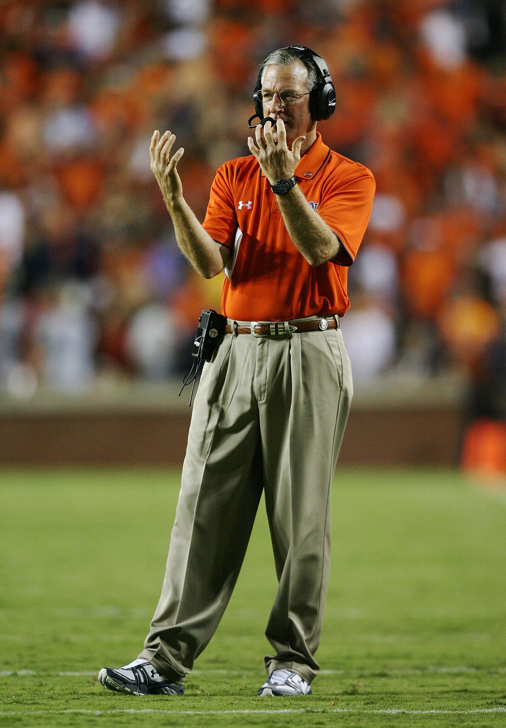 AUBURN, AL - SEPTEMBER 20:  Head coach Tommy Tuberville of the Auburn Tigers directs his team take on the LSU Tigers at Jordan-Hare Stadium on September 20, 2008 in Auburn, Alabama. LSU defeated Auburn 26-21.  (Photo by Doug Benc/Getty Images)