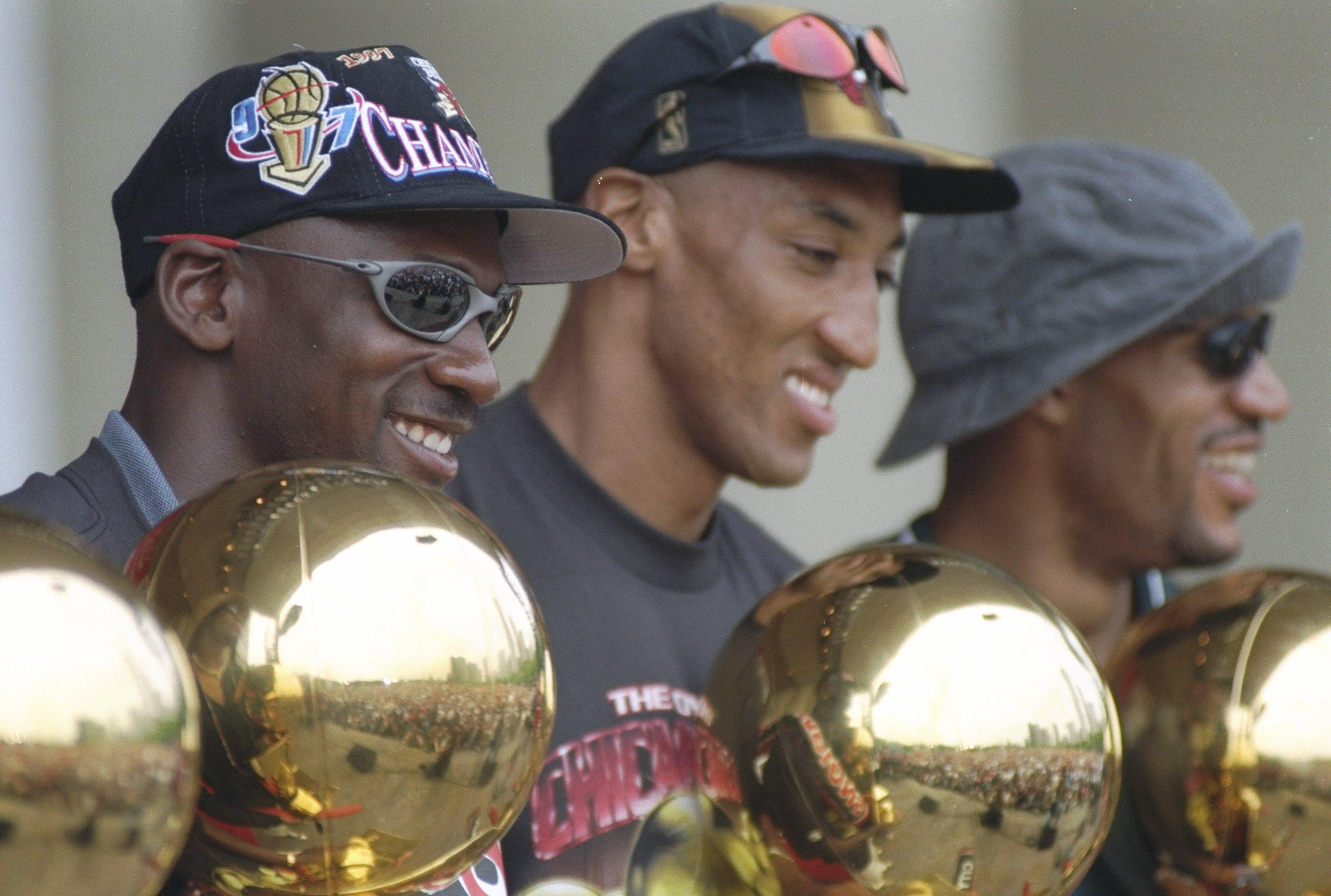 951c2c7e7fe466 Were Michael Jordan and Scottie Pippen Part of the Best NBA Team ...