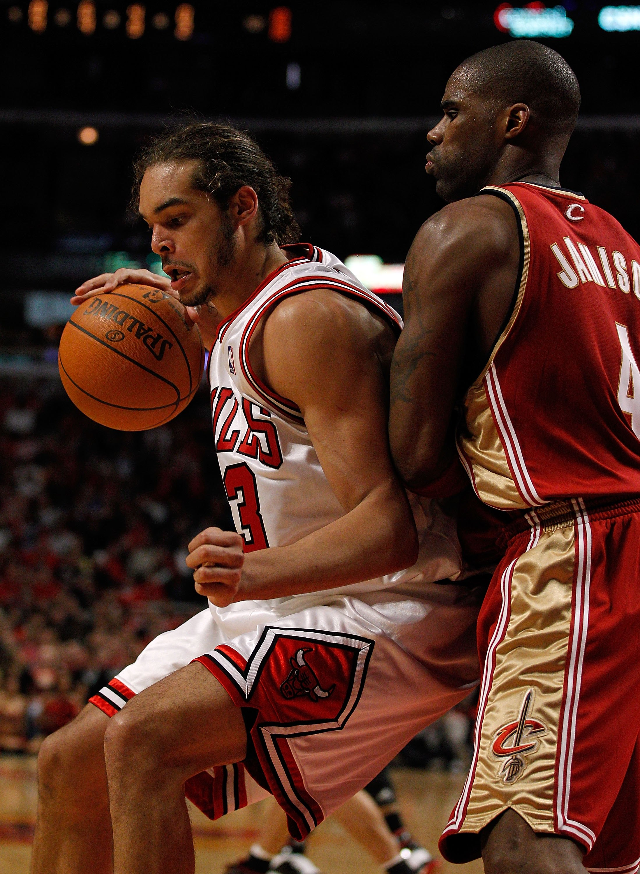CHICAGO - APRIL 25: Joakim Noah #13 of the Chicago Bulls moves against Antawn Jamison #4 of the Cleveland Cavaliers in Game Four of the Eastern Conference Quarterfinals during the 2010 NBA Playoffs at the United Center on April 25, 2010 in Chicago, Illino