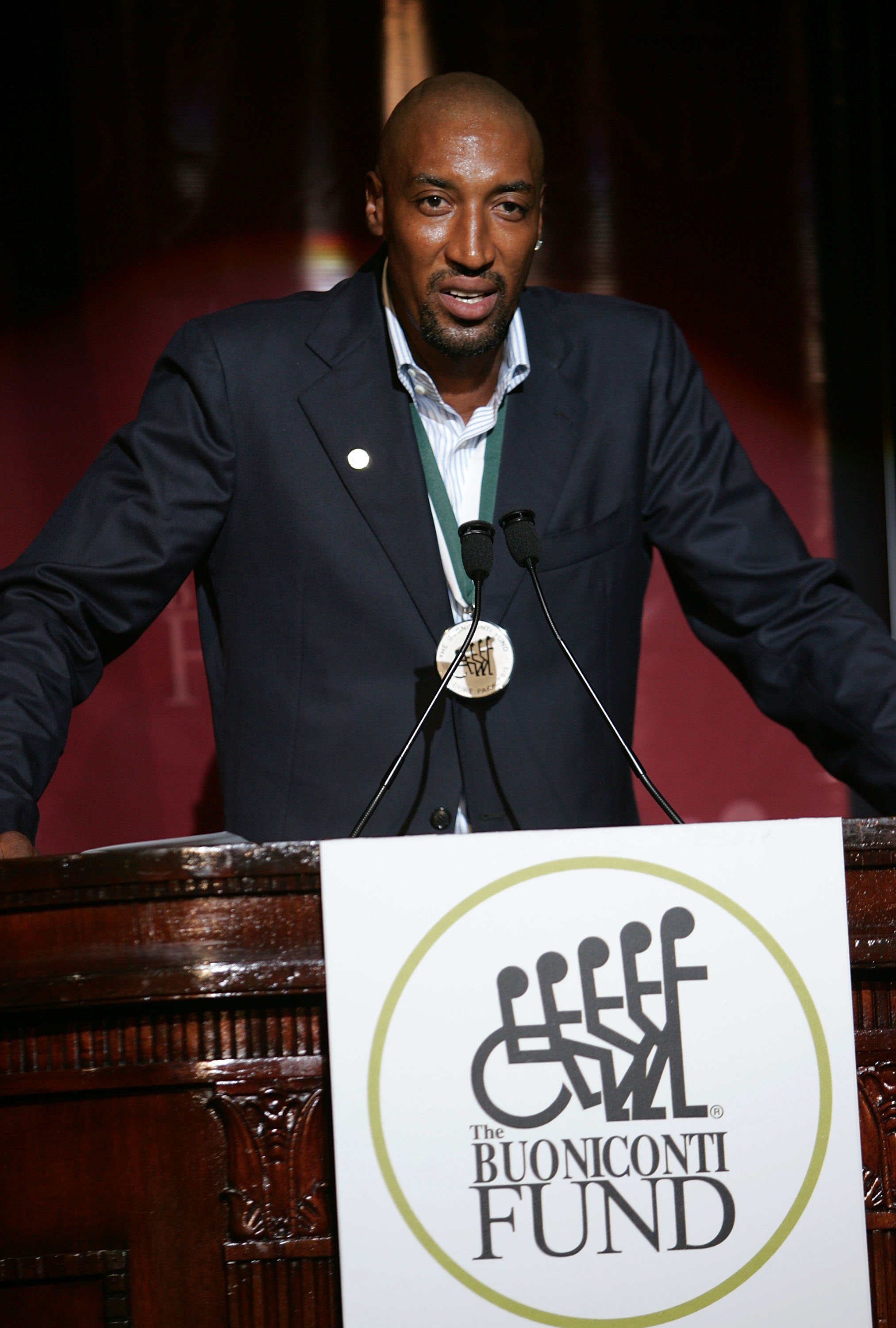 NEW YORK - SEPTEMBER 22:  Scottie Pippen speaks during the 23rd Annual Great Sports Legends Dinner to Cure Paralysis at the Waldorf Astoria on September 22, 2008 in New York City.  (Photo by Thos Robinson/Getty Images for The Miami Project)