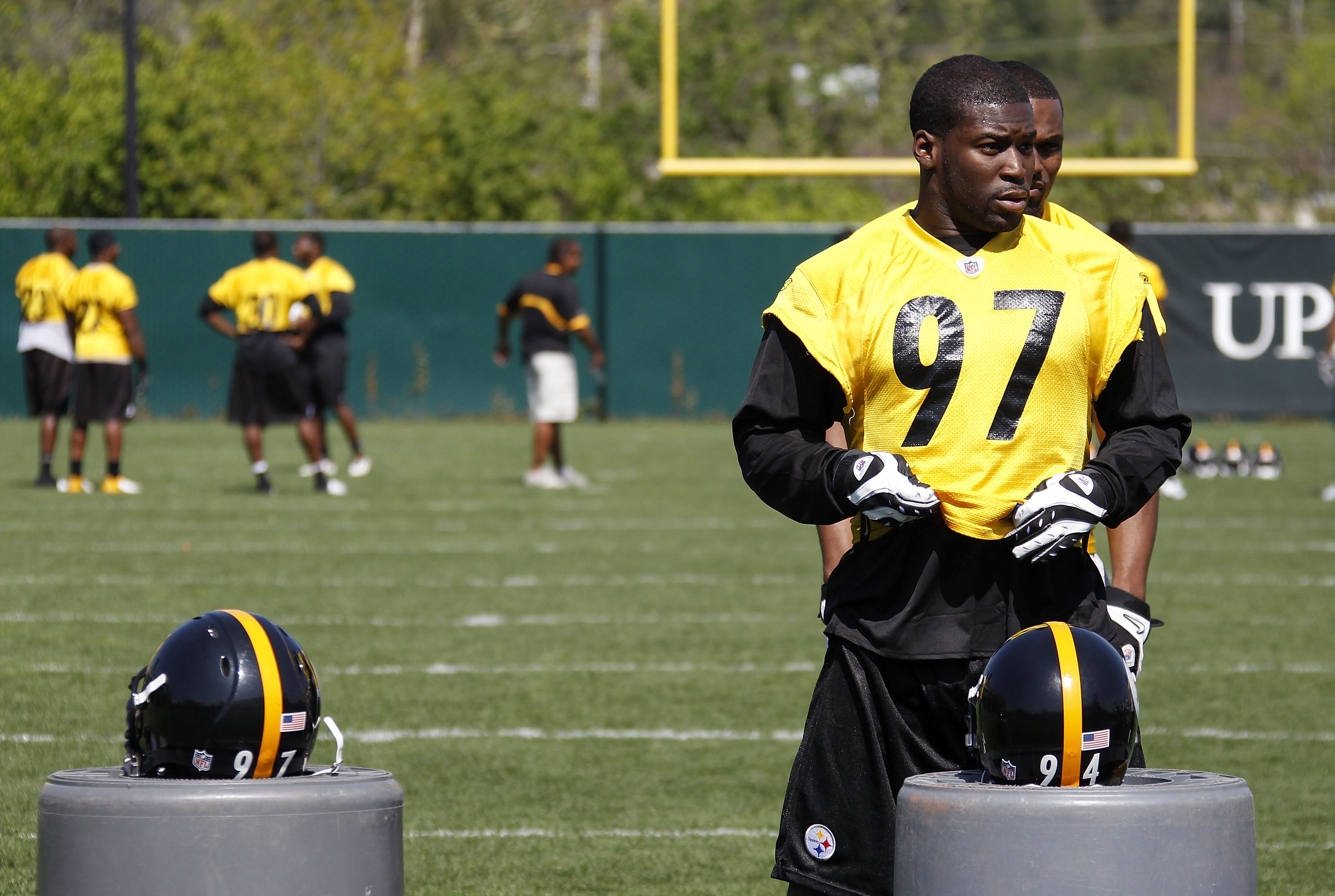 PITTSBURGH - APRIL 30:  Jason Worilds #97 of the Pittsburgh Steelers gets ready to run a drill during mini camp at the Pittsburgh Steelers Training Facility on April 30, 2010 in Pittsburgh, Pennsylvania.  (Photo by Gregory Shamus/Getty Images)
