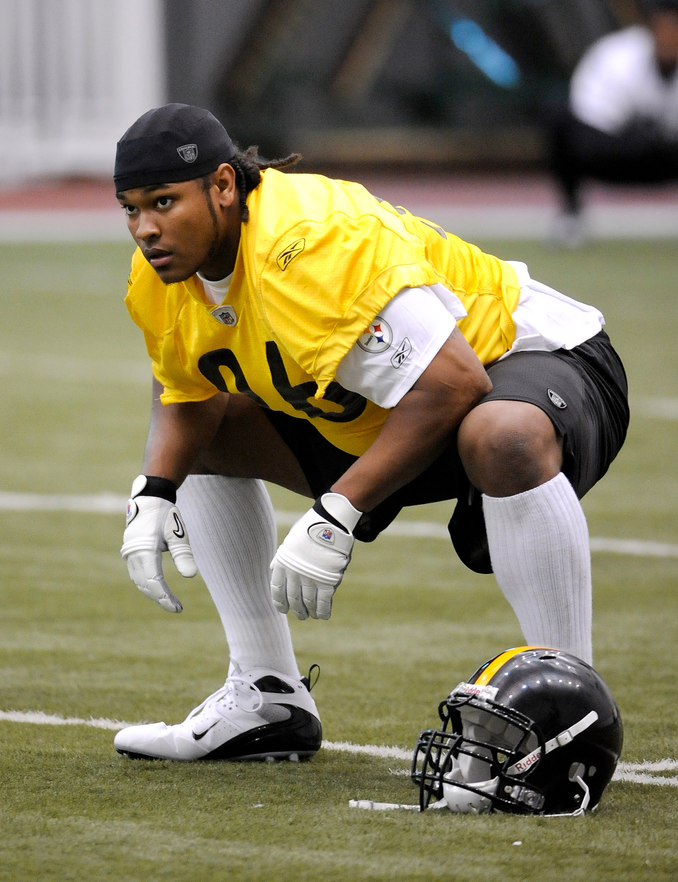 PITTSBURGH - MAY 01:  First Round draft pick Ziggy Hood #96 of the Pittsburgh Steelers stretches during rookie training at the Pittsburgh Steelers Practice Facility on May 1, 2009 in Pittsburgh, Pennsylvania.  (Photo by Joe Sargent/Getty Images)