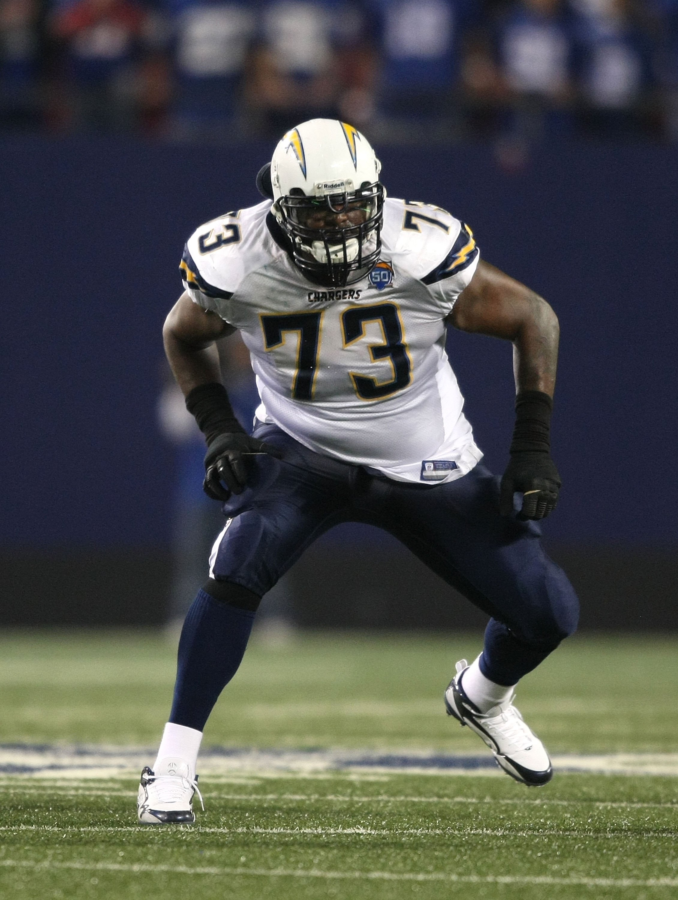 EAST RUTHERFORD, NJ - NOVEMBER 8:  Marcus McNeill #73 of the San Diego Chargers against the New York Giants at Giants Stadium on November 8, 2009 in East Rutherford, New Jersey. The Chargers defeated the Giants 21-20.  (Photo by Nick Laham/Getty Images)