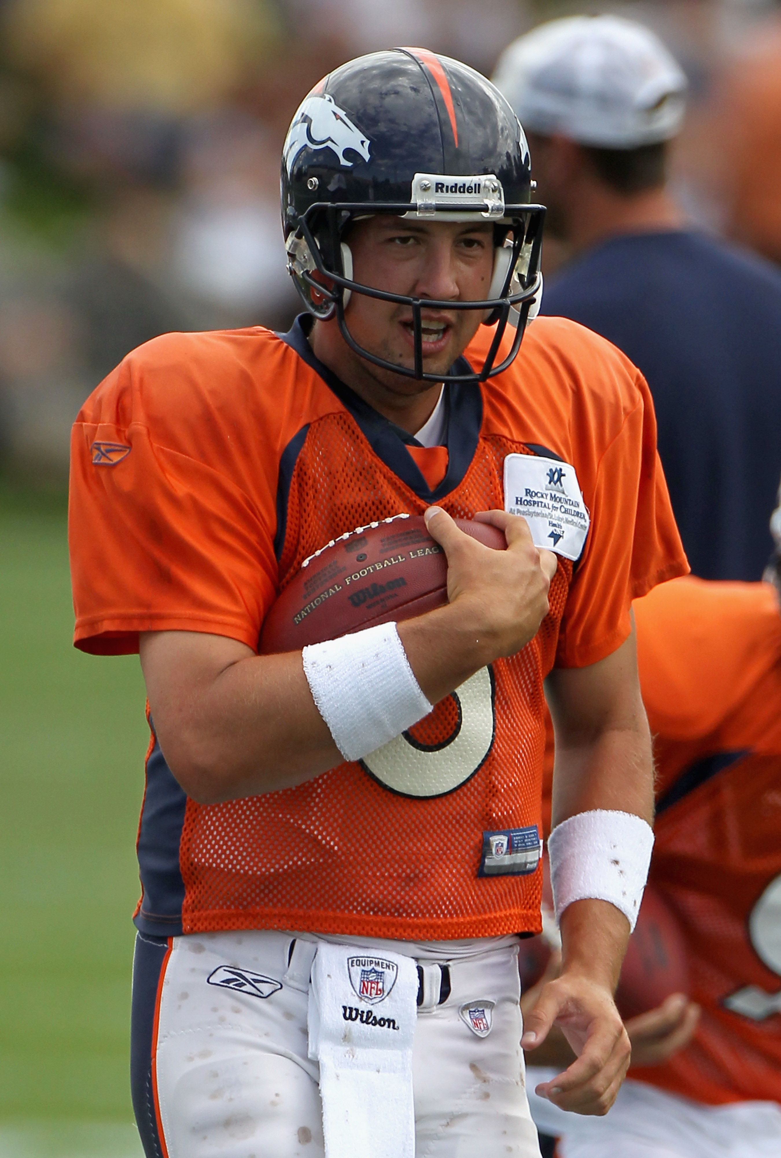 ENGLEWOOD, CO - AUGUST 05:  Quarterback Kyle Orton #8 of the Denver Bronocs takes part in practice during training camp at Dove Valley on August 5, 2010 in Englewood, Colorado.  (Photo by Doug Pensinger/Getty Images)