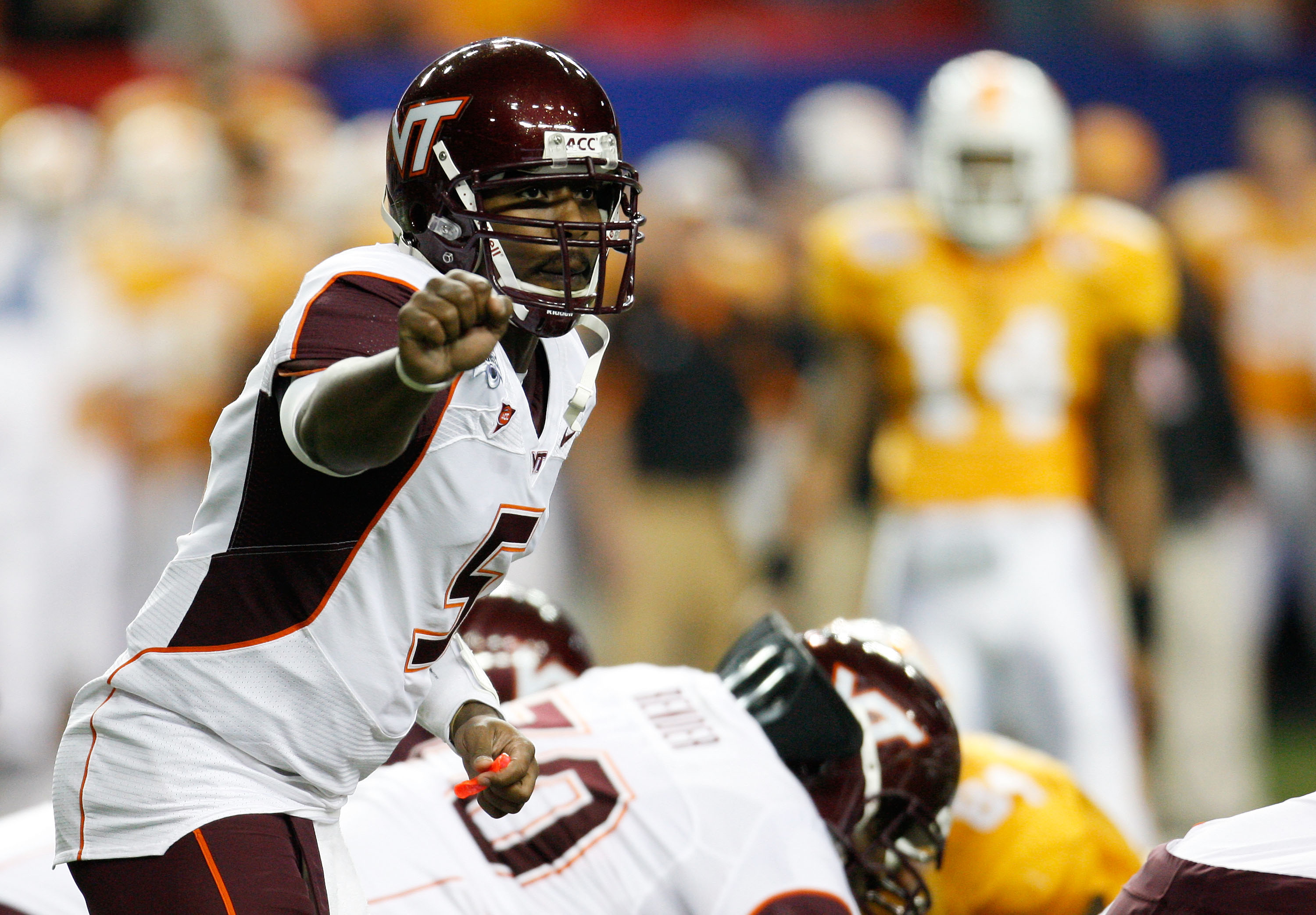 ATLANTA - DECEMBER 31:  Quarterback Tyrod Taylor #5 of the Virginia Tech Hokies signals to the offense during the Chick-Fil-A Bowl against the Tennessee Volunteers at the Georgia Dome on December 31, 2009 in Atlanta, Georgia.  The Hokies beat the Voluntee