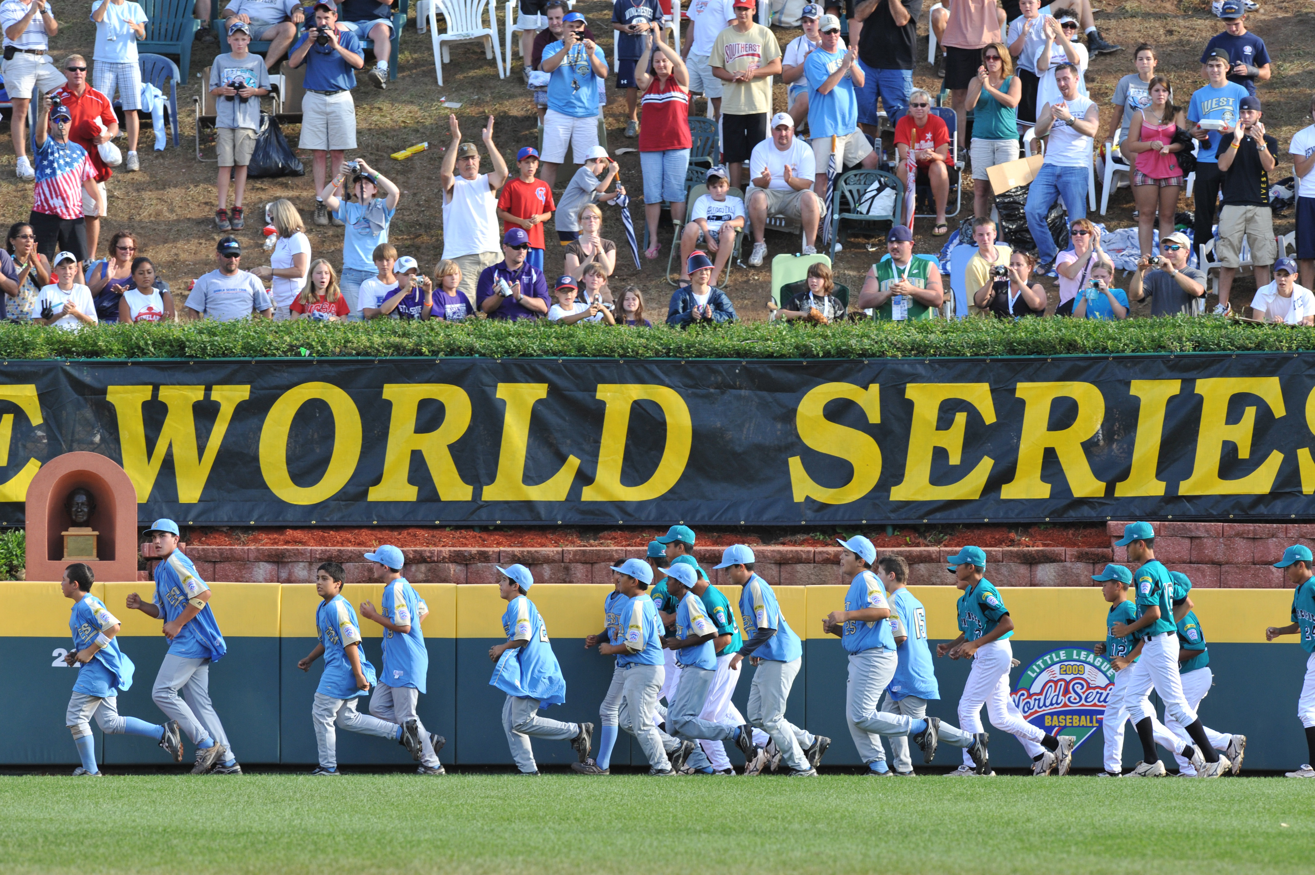 WILLIAMSPORT, PA - AUGUST 30: California (Chula Vista) celebrate their victory against Asia Pacific (Taoyuan, Taiwan) in the little league world series final at Lamade Stadium on August 30, 2009 in Williamsport, Pennsylvania. (Photo by Larry French/Getty