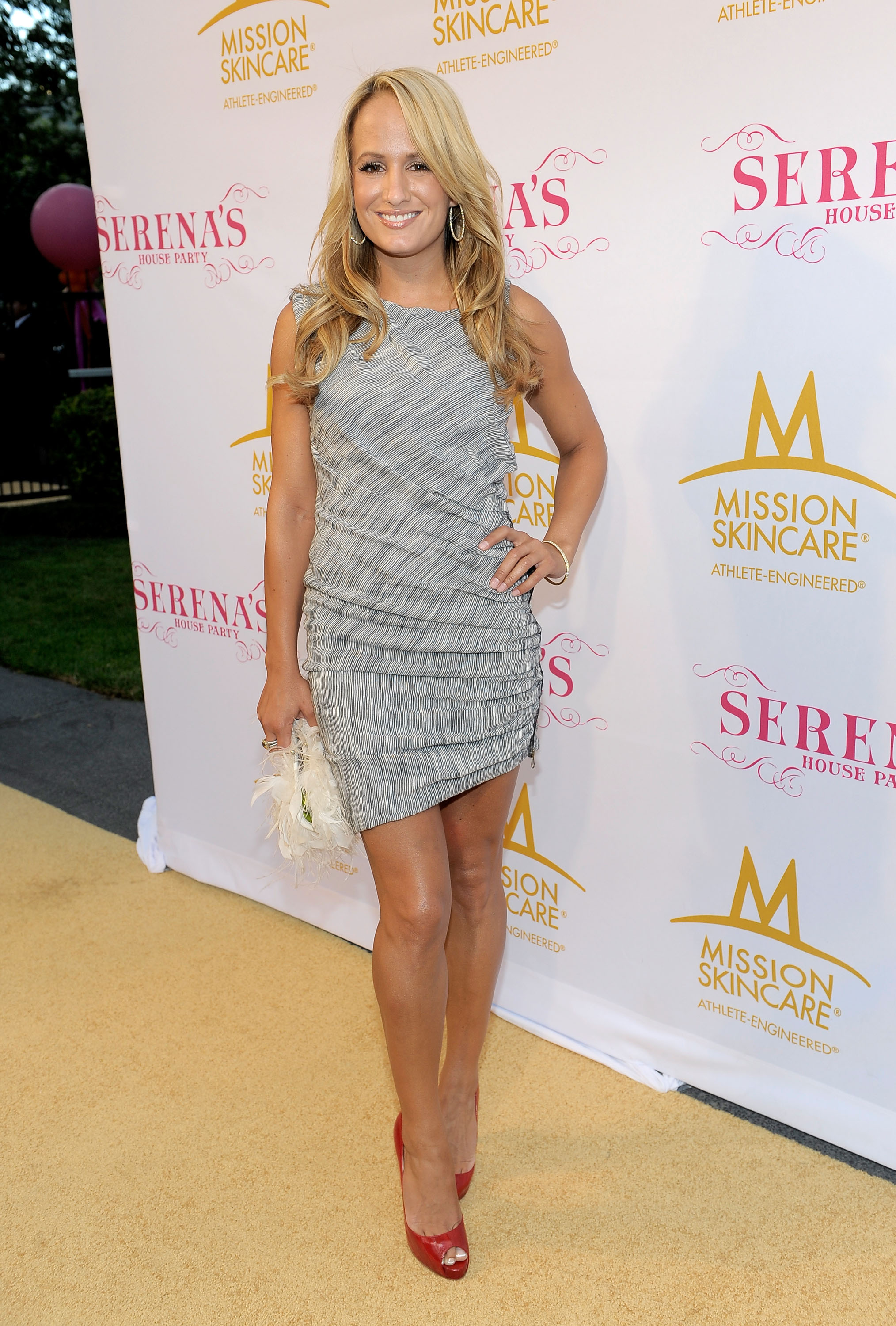 BEL AIR, CA - JULY 12:  Sportscaster Jenn Brown attends professional tennis player Serena Williams' Pre-ESPYs House Party held at a private residence on July 12, 2010 in Bel Air, California.  (Photo by Charley Gallay/Getty Images for SW)