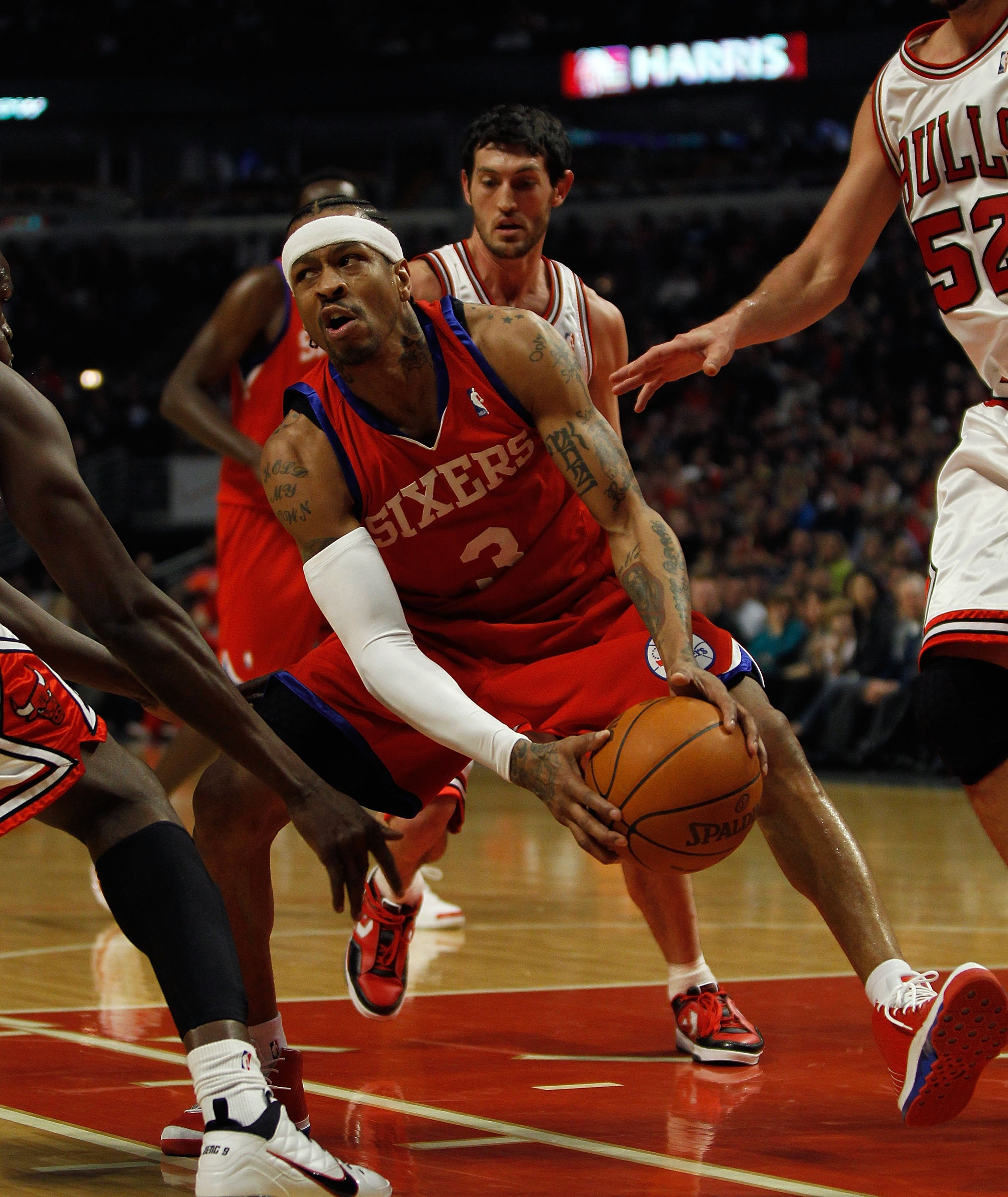 CHICAGO - FEBRUARY 20: Allen Iverson #3 of the Philadelphia 76ers moves against the Chicago Bulls at the United Center on February 20, 2010 in Chicago, Illinois. The Bulls defeated the 76ers 122-90. NOTE TO USER: User expressly acknowledges and agrees tha