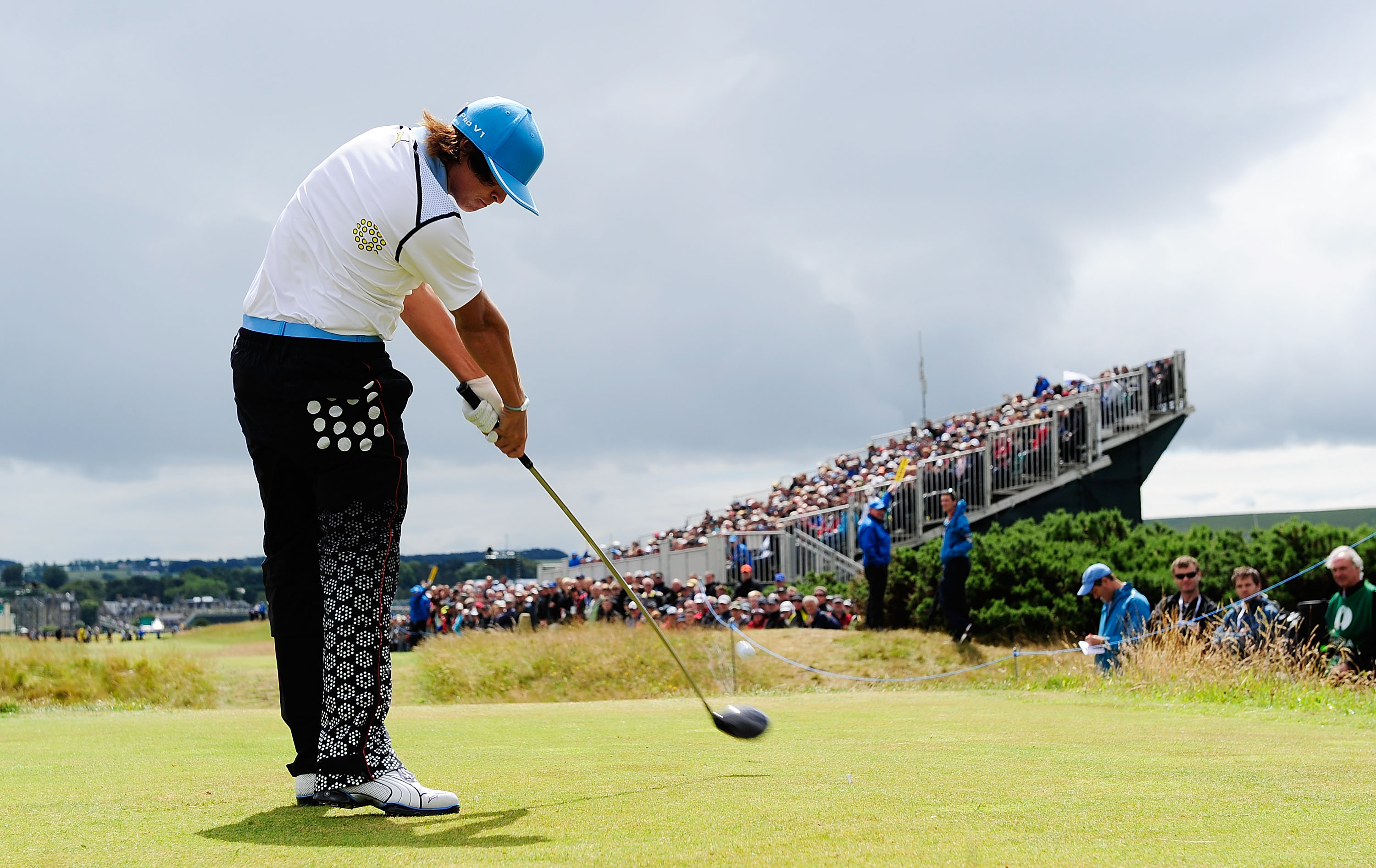 ST ANDREWS, SCOTLAND - JULY 16:  Ricky Fowler of the USA tees off on the 15th hole during the second round of the 139th Open Championship on the Old Course, St Andrews on July 16, 2010 in St Andrews, Scotland.  (Photo by Stuart Franklin/Getty Images)