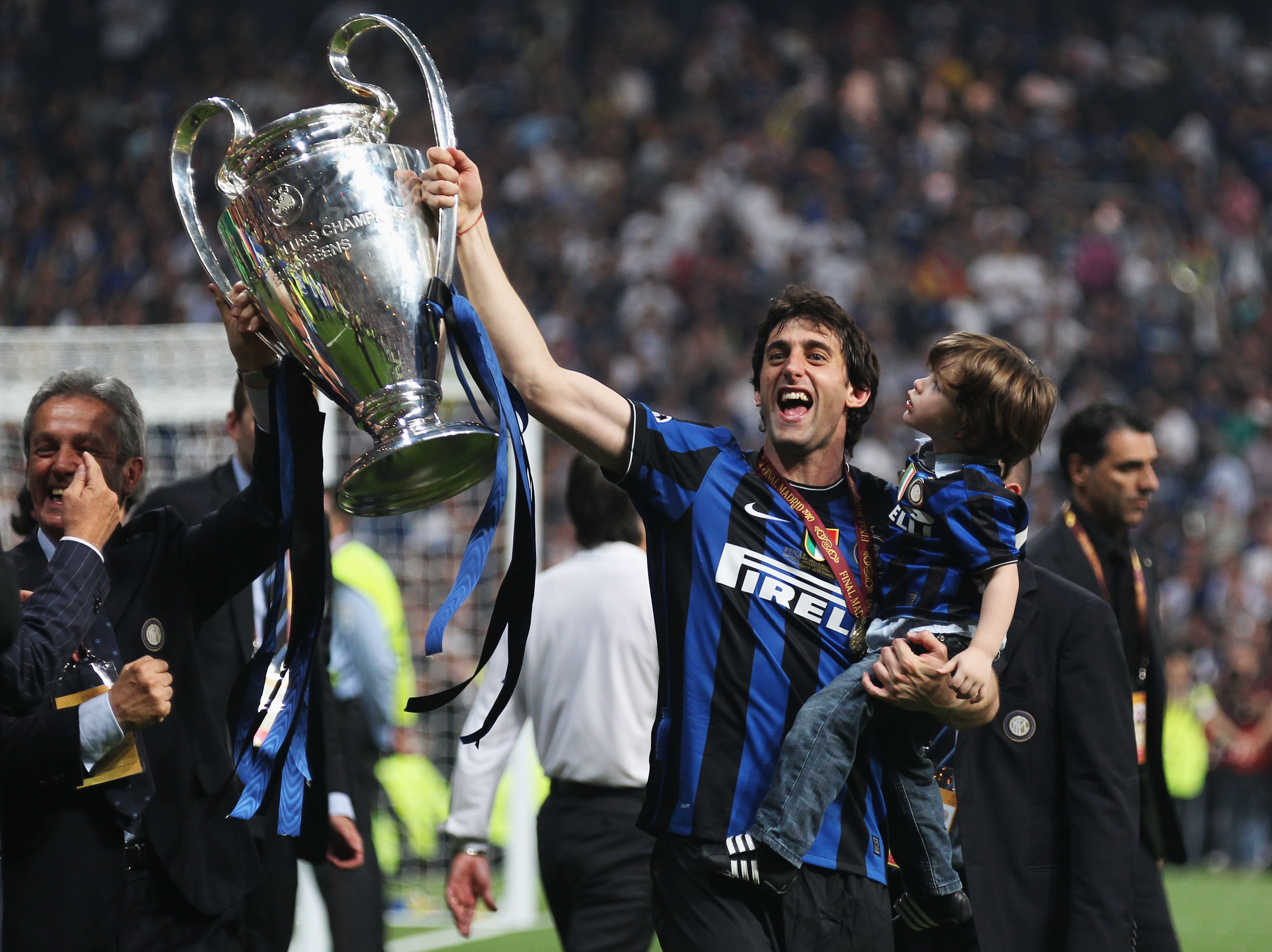MADRID, SPAIN - MAY 22:  Double goalscorer Diego Milito of Inter Milan celebrates victory after the UEFA Champions League Final match between FC Bayern Muenchen and Inter Milan at the Estadio Santiago Bernabeu on May 22, 2010 in Madrid, Spain.  (Photo by