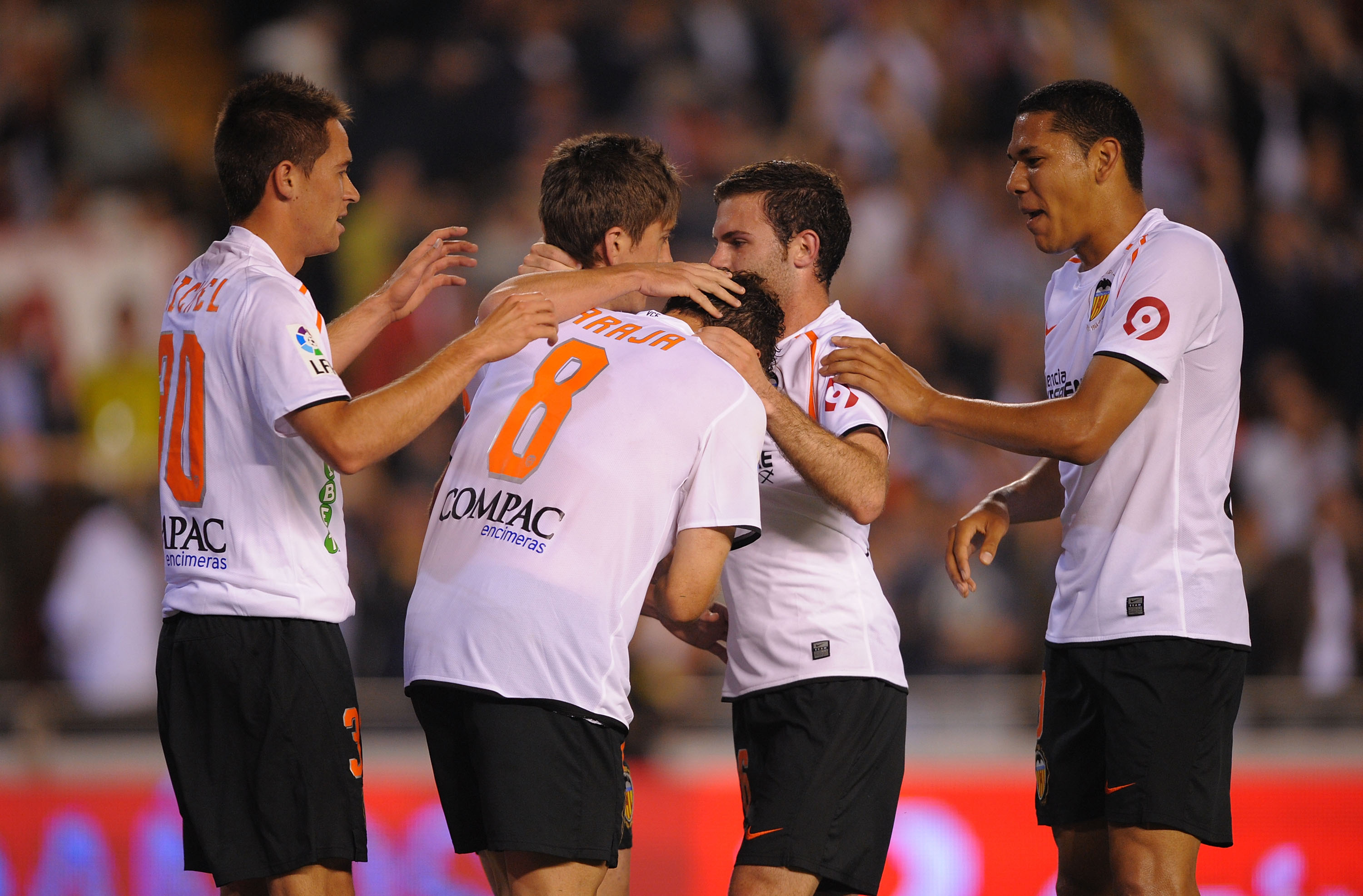 VALENCIA, SPAIN - MAY 09:  Ruben Baraja (#8) of Valencia celerbrates after scoring his team's third goal during the La Liga match between Valencia and Real Madrid at the Mestalla Stadium on May 9, 2009 in Valencia, Spain.  (Photo by Denis Doyle/Getty Imag
