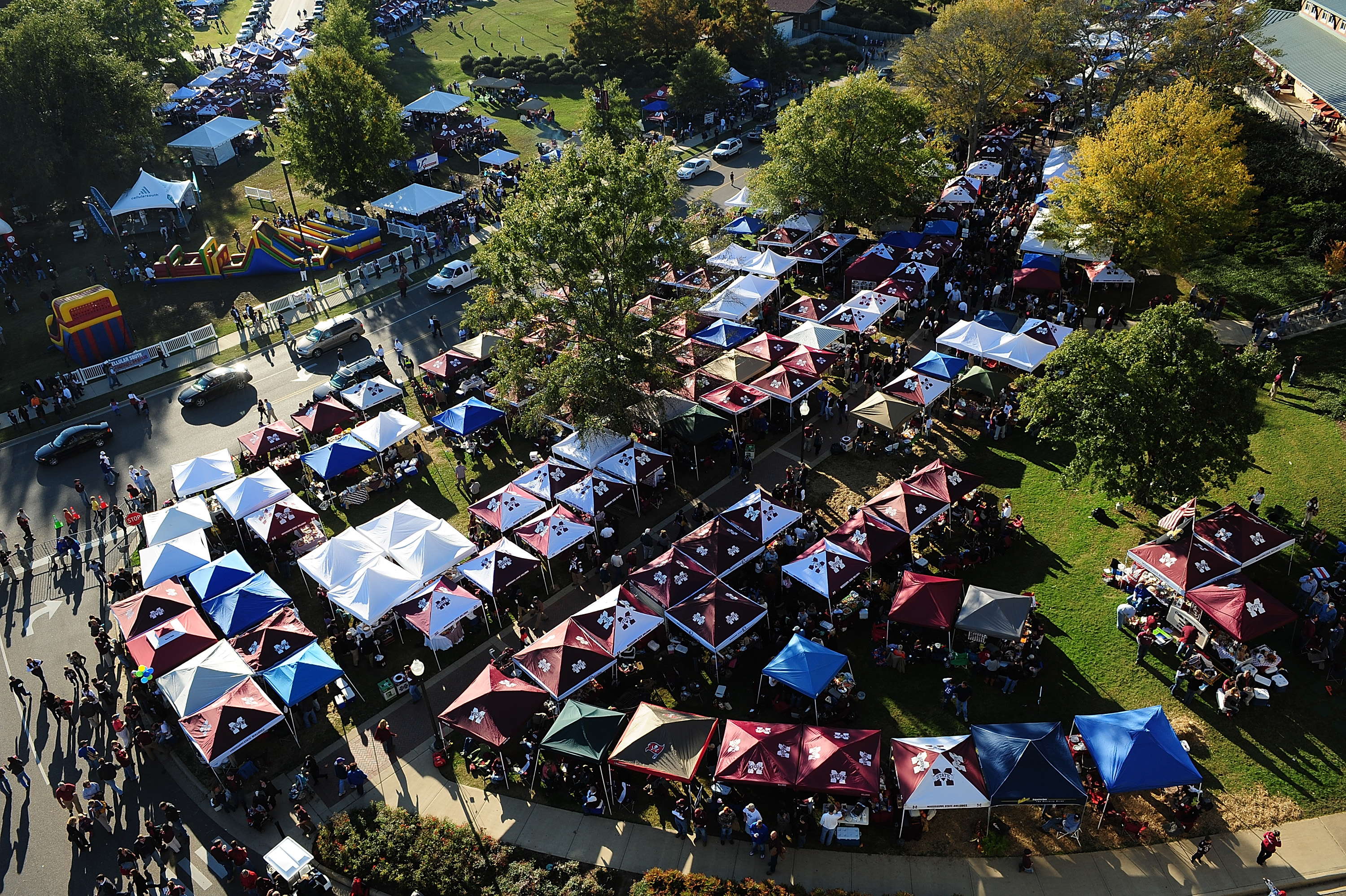 The tailgating scene at Mississippi State.