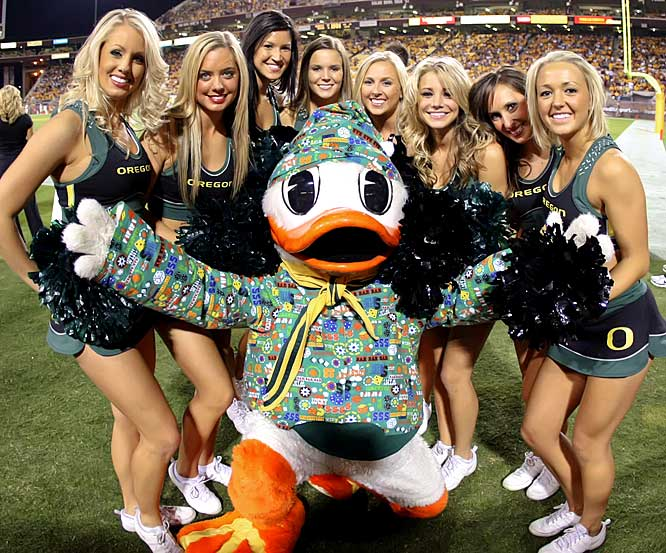 new product 82f44 59ebd Winning in Style: 10 Best Oregon Duck Uniform Combinations ...