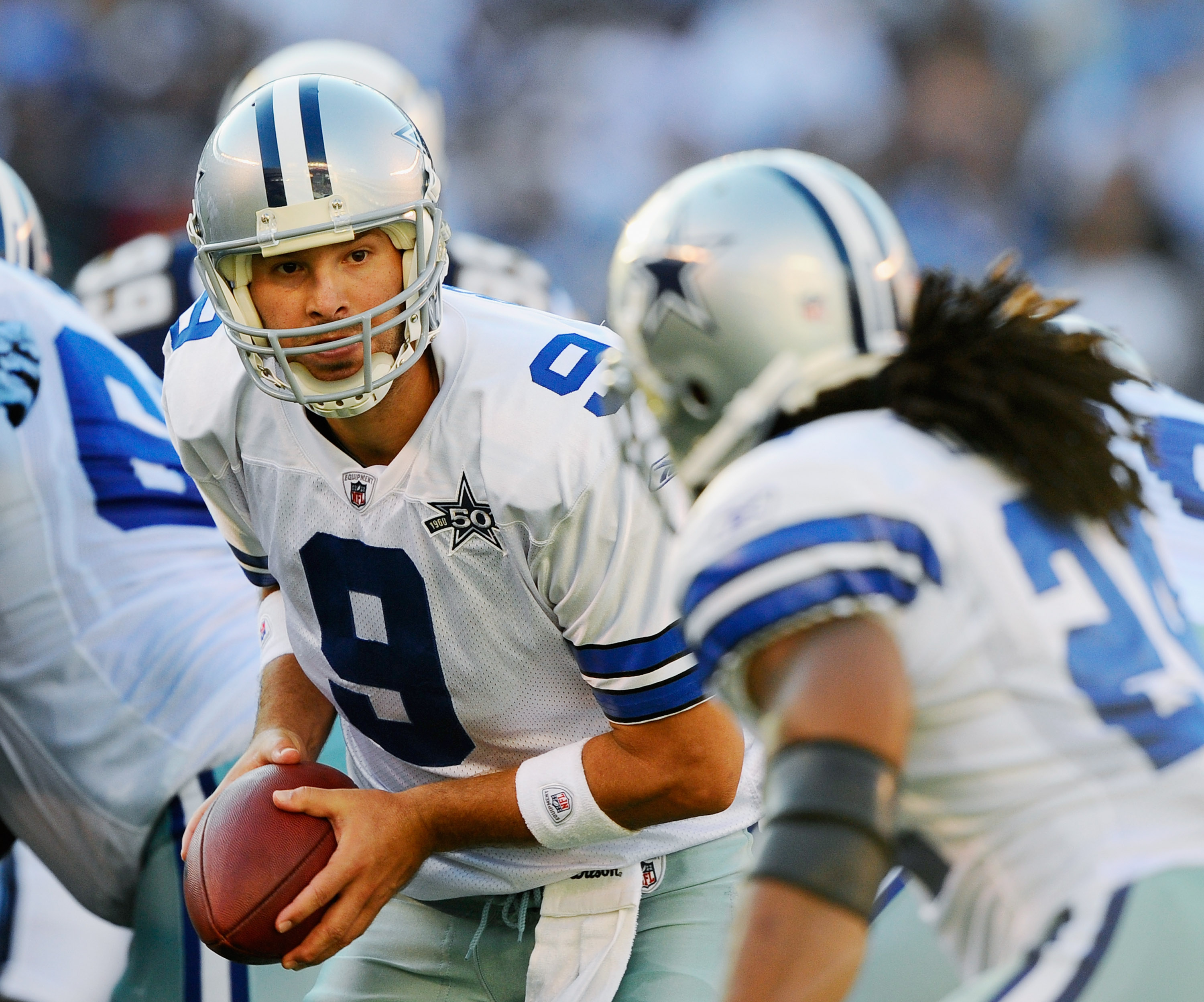 SAN DIEGO - AUGUST 21  Quarterback Tony Romo  9 of the Dallas Cowboys looks 6c2c51223