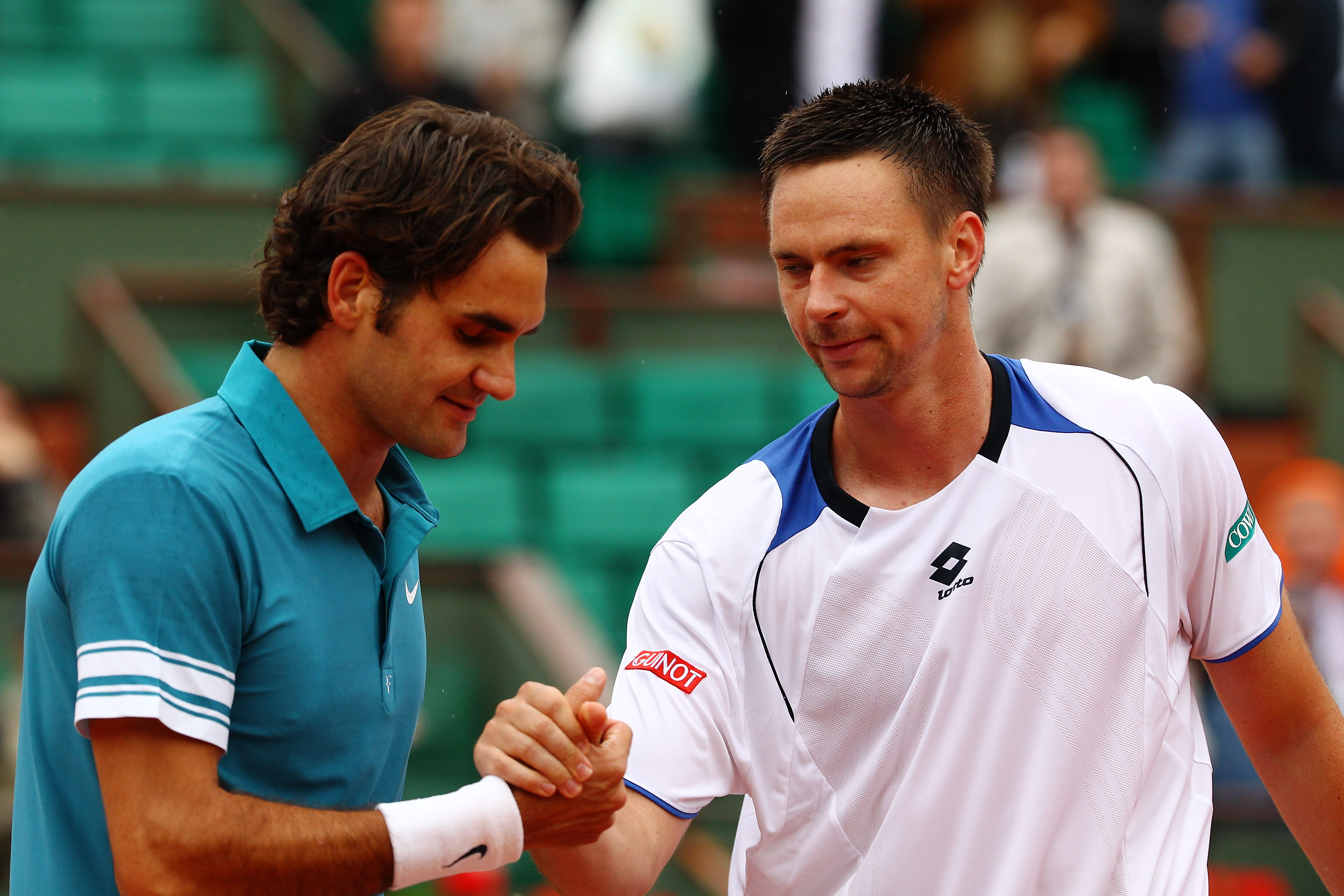 Federer lost to Soderling at the French in 2009 to end his semifinal streak.