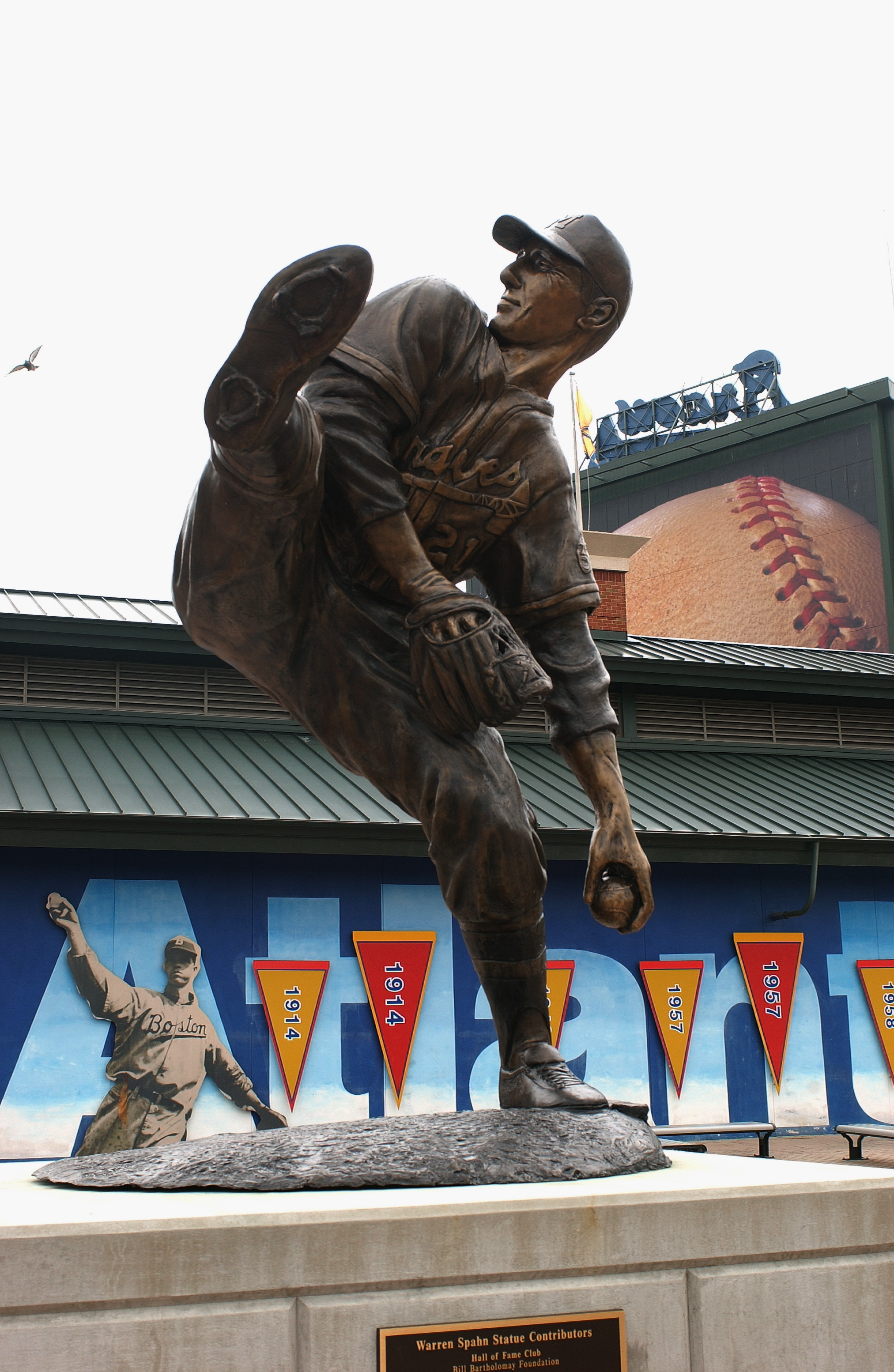 ATLANTA - JULY 26:  At Turner Field, a statue at honors pitcher Warren Spahn #21 and his career with the Braves, on July 26, 2004 in Atlanta, Georgia. (Photo by Scott Cunningham/Getty Images)